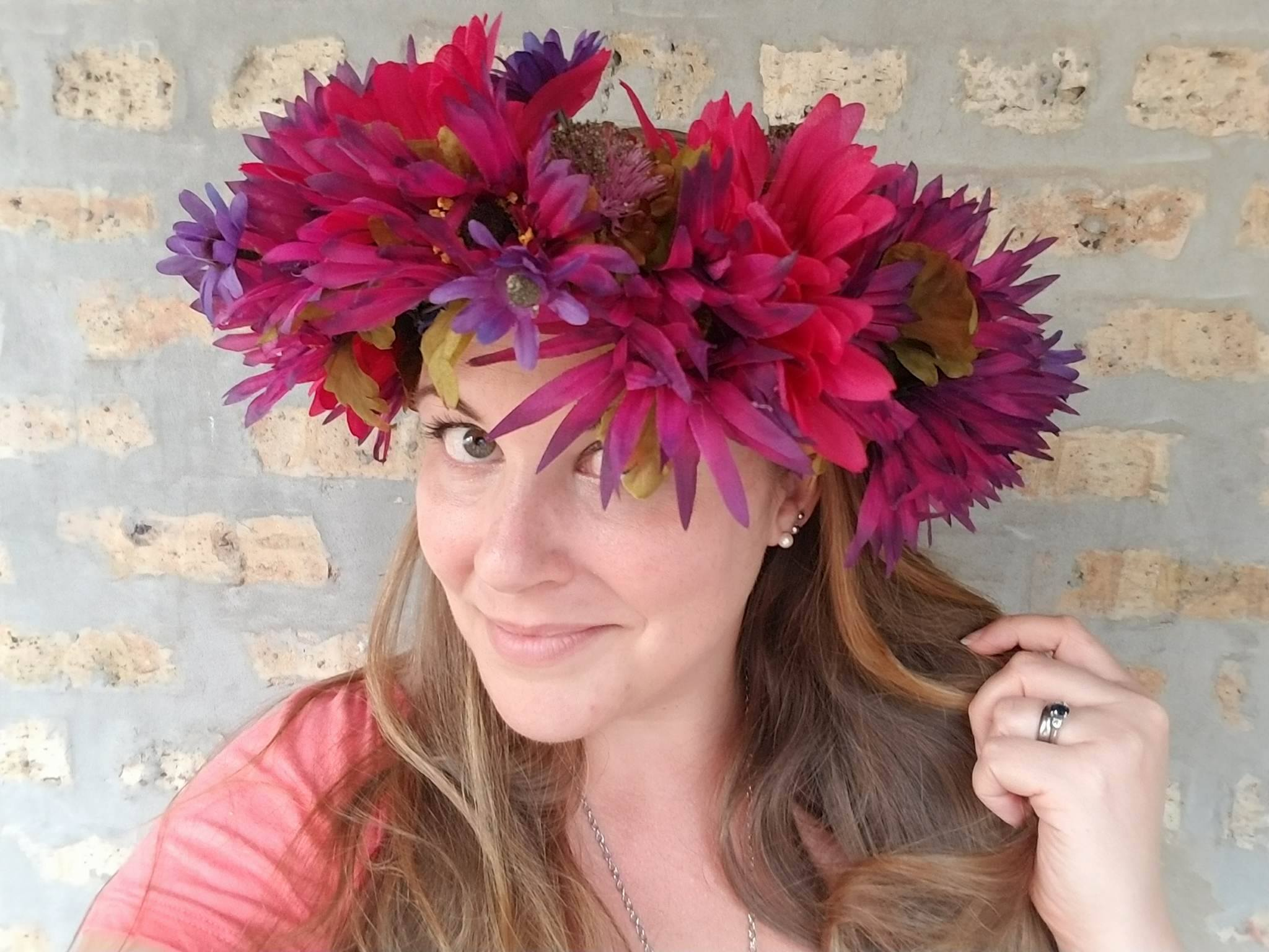Iggppcamp 2017 diy flower crown geek girl pen pals now pop it on your head and let that flower crown joy fill you up from top to bottom you are one step closer to living your best life izmirmasajfo