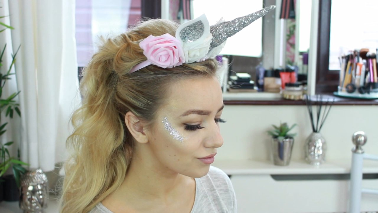 Get the unicorn look this Halloween